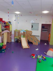 Salle motricité crèche garde d'enfants Rennes Beauregard